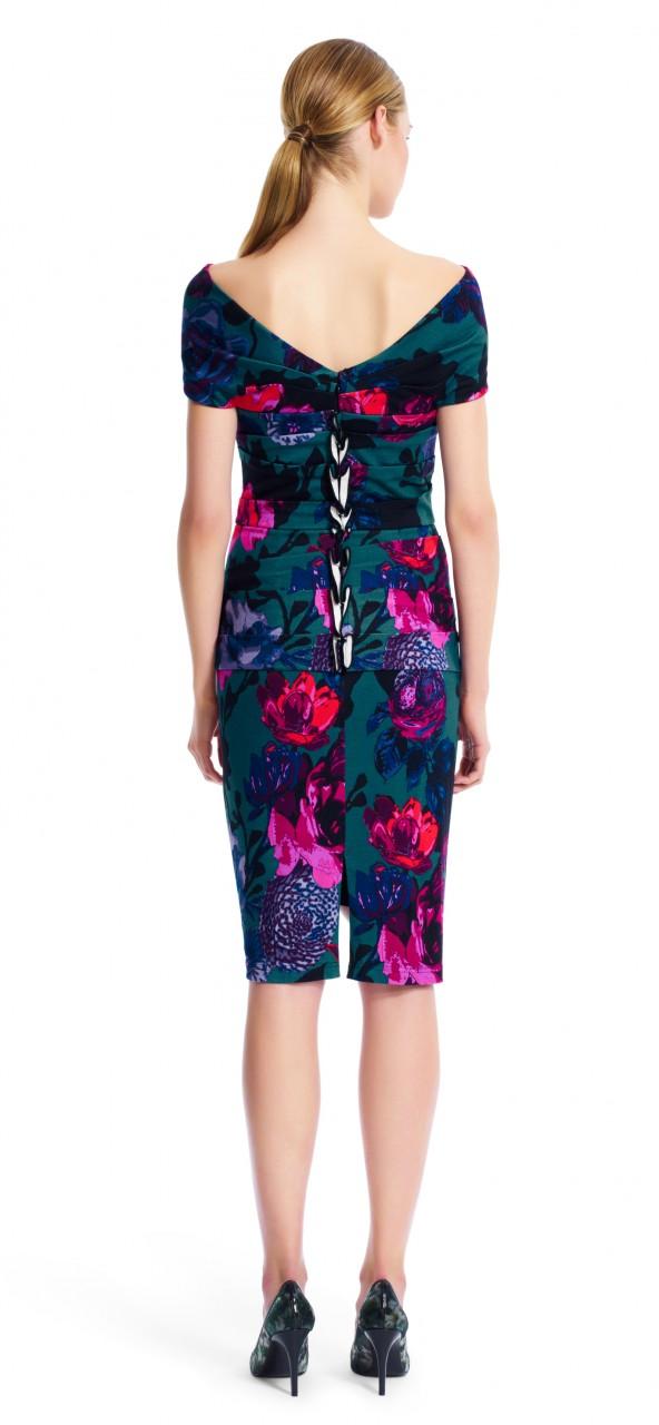 vestido corto plisado estampado