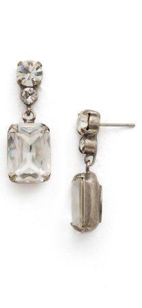 Aretes elegantes de cristal en forma de gota