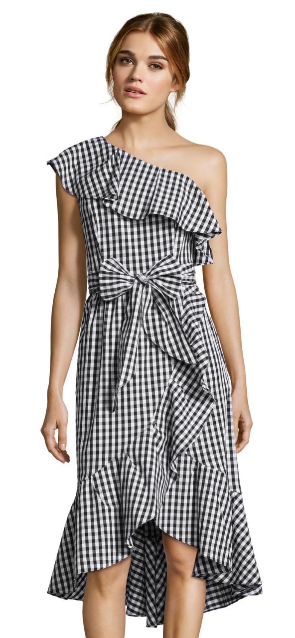 vestido de volantes de algodón y hombros con cintura ajustada