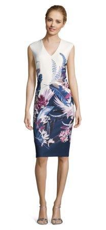 vestido estampado floral con esencia tropical