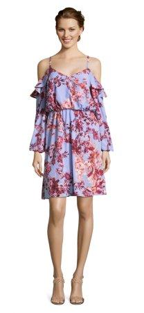 vestido floral tropical con mangas largas de hombro descuebierto