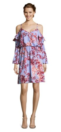 vestido floral tropical con mangas largas de hombro descubierto
