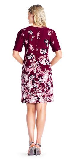 vestido de manga corta con flores