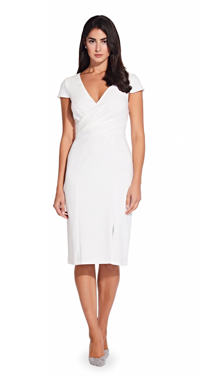V-neck sheath with seaming