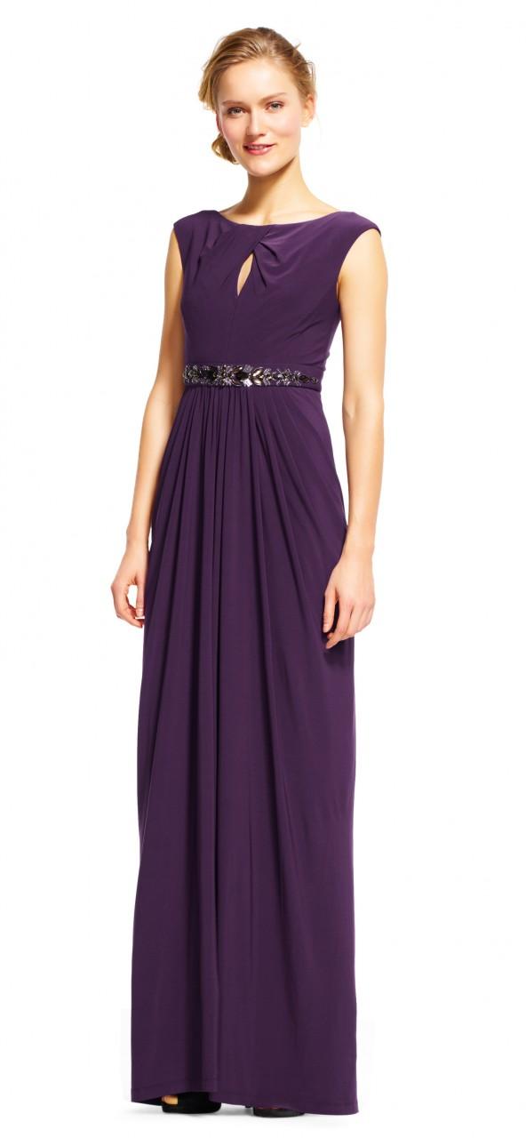 Vestido drapeado con hermoso detalle en la cintura