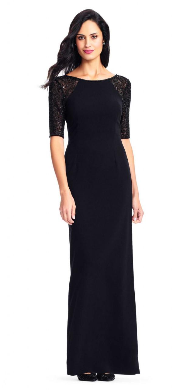 vestido de crepe en punto con mangas cortas transparentes y aplicaciones