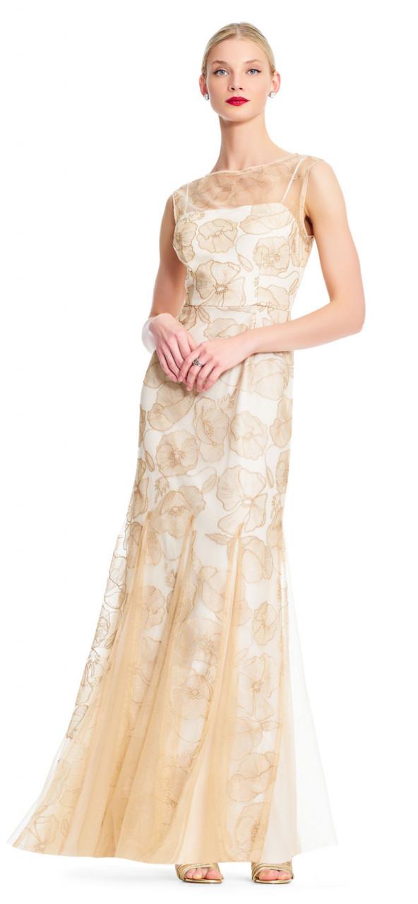 Vestido sirena floral sin mangas con escote con ilusión