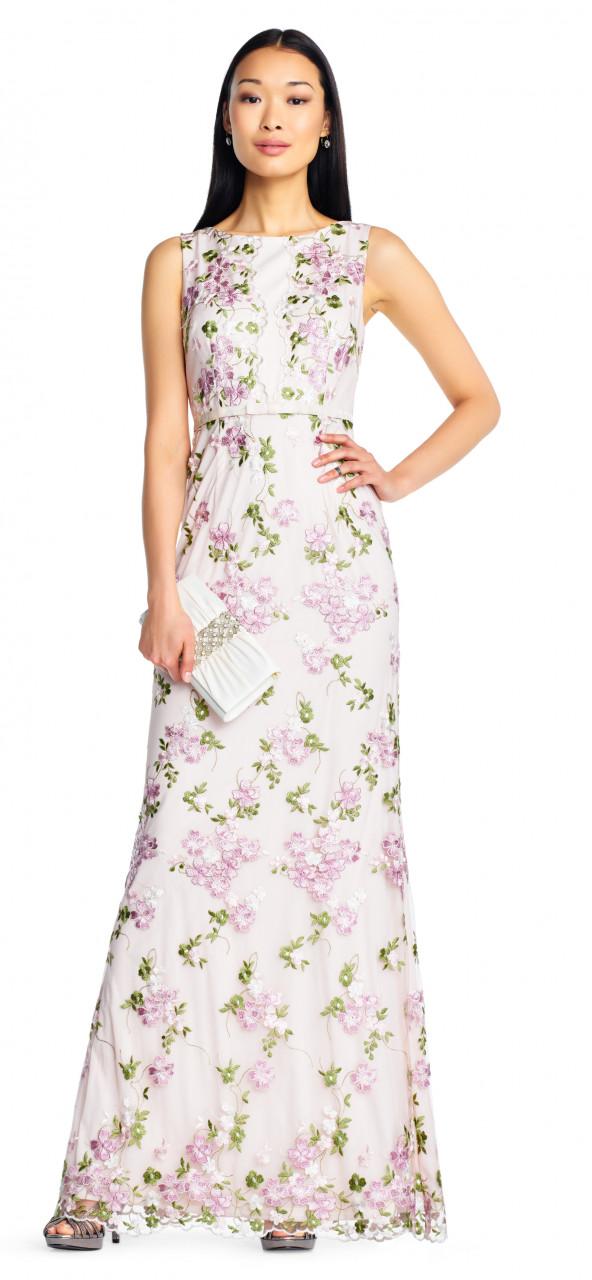 Vestido sin mangas bordado floral