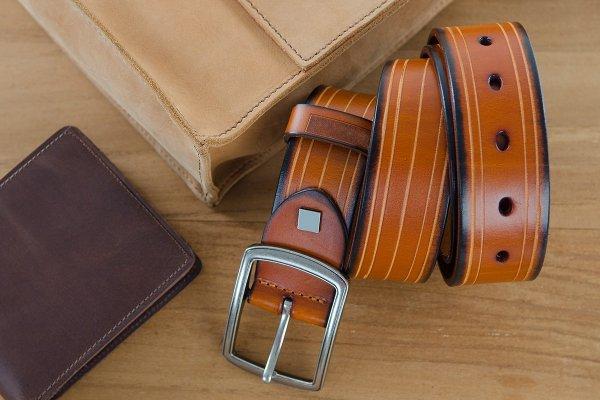 Carteras, Cinturones O Portafolios: ¿qué Le Regalo A Papá Este Año?
