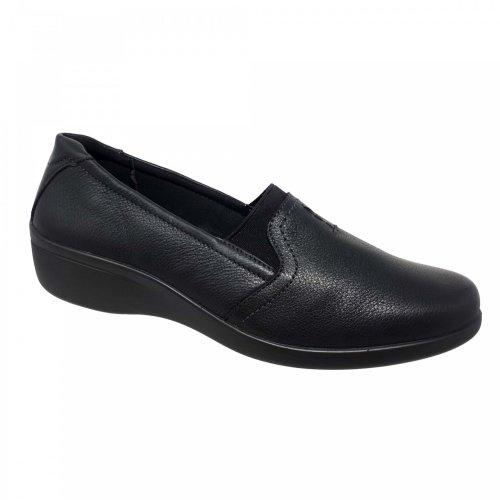 Zapato mocasín negro para mujer en piel Flexi 18105