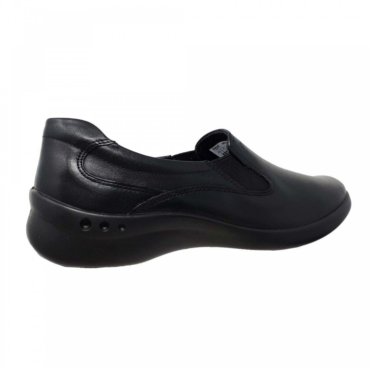 Zapato bajo negro para mujer en piel Flexi 48301