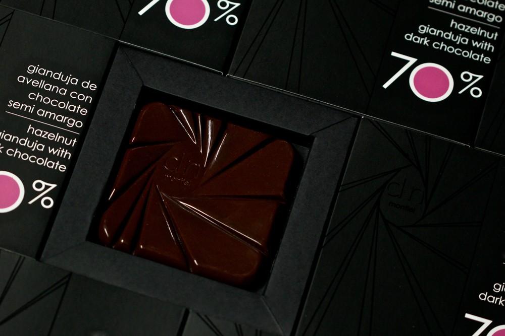 TABLETA GIANDUJA DE AVELLANAS CON CHOCOLATE 70%