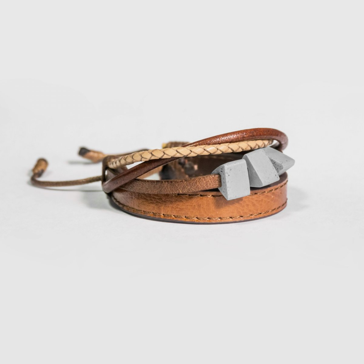 TRINITY Leather