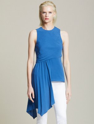 ASYMMETRIC PLEATED TOP