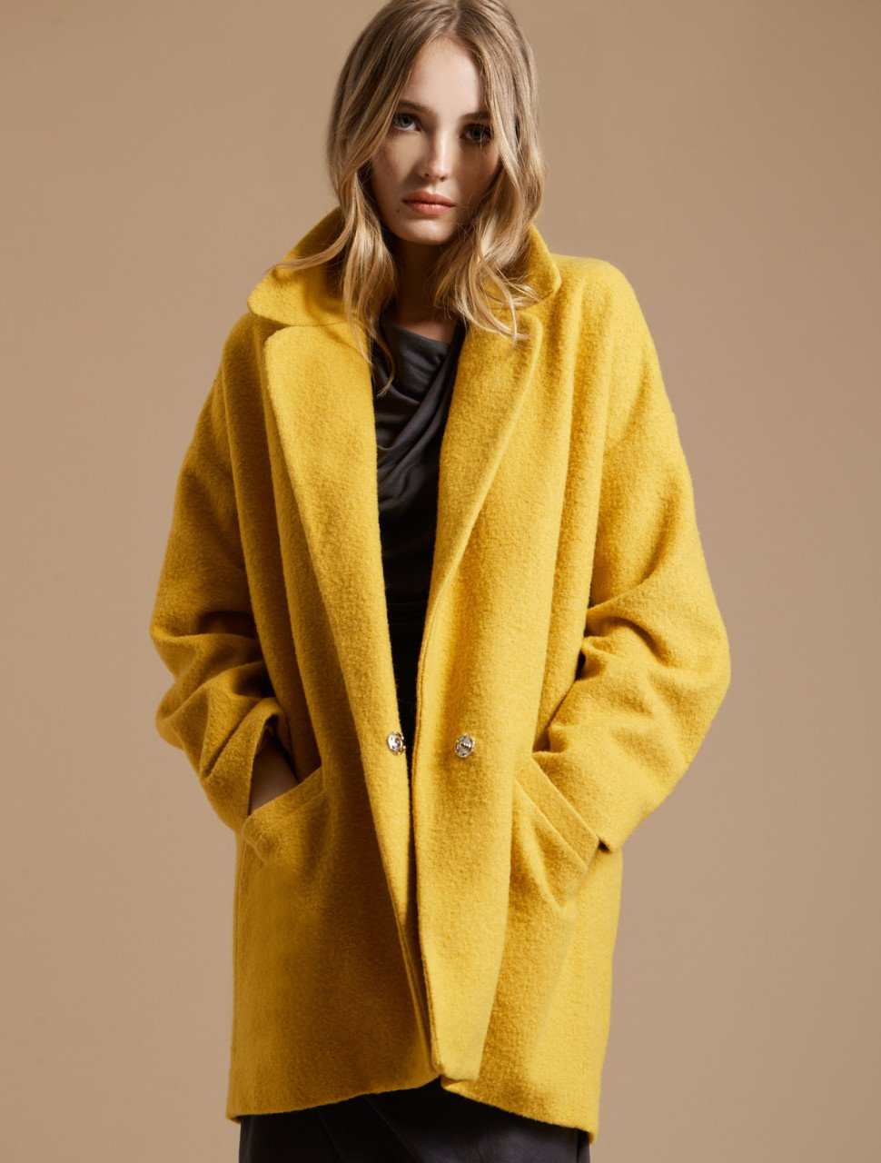 LONG SLEEVE OVERSIZED COAT