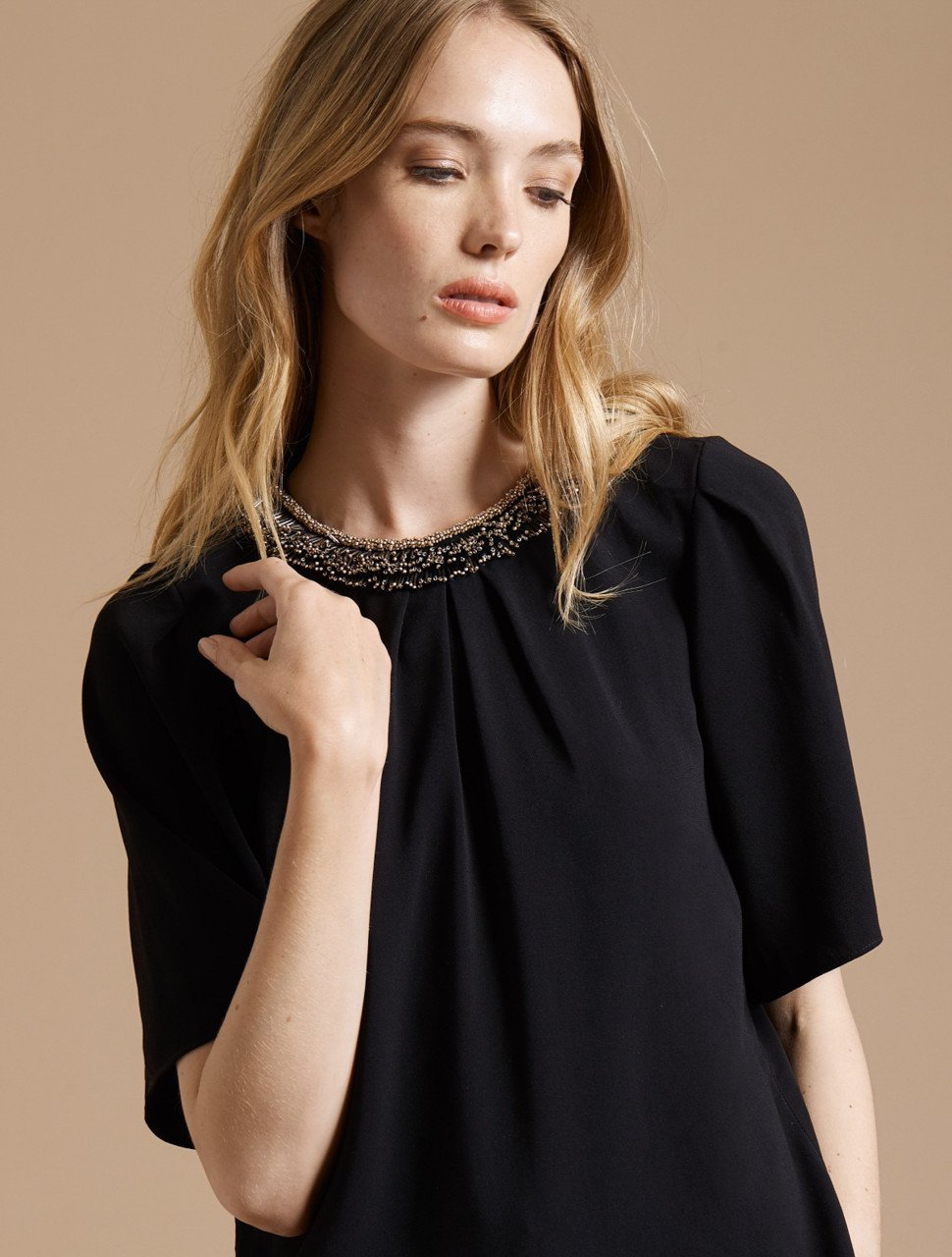 FLOWY SHORT SLEEVE EMBELLISHED SILK TOP