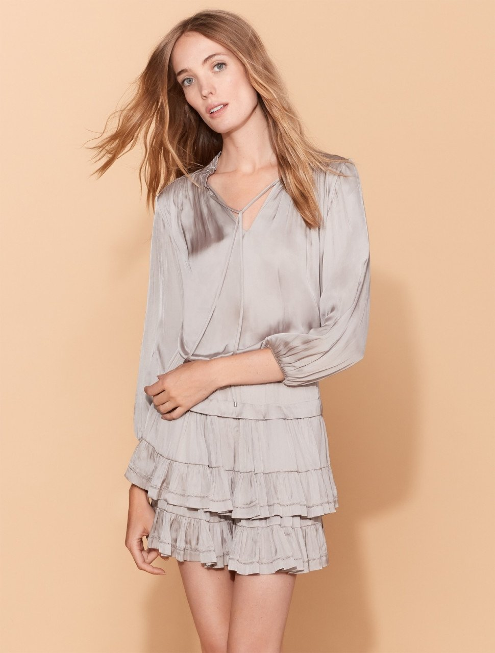 RUFFLED COLLAR FLOUNCE DRESS