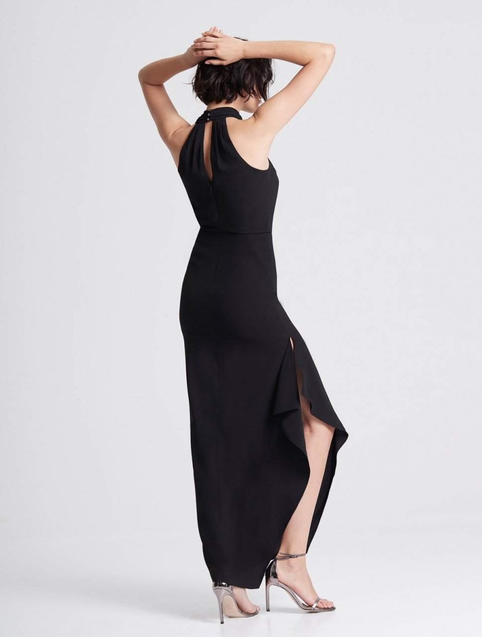 ICONIC CROSS NECK CREPE GOWN