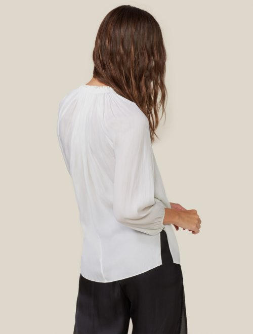 LONG SLEEVE RUCHED NECK TOP