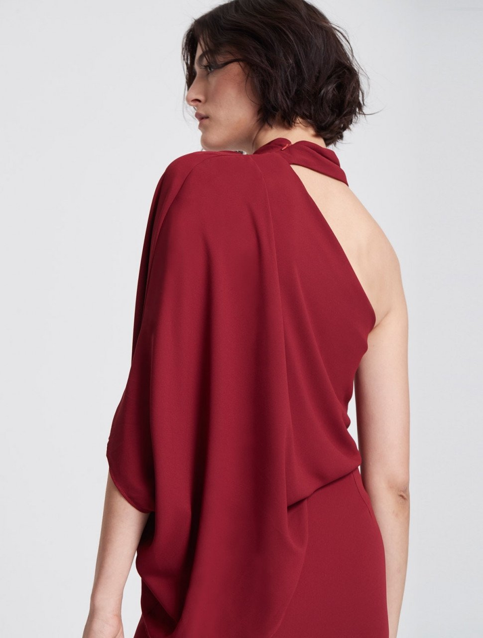 ICONIC ASYMMETRIC DRAPED DRESS