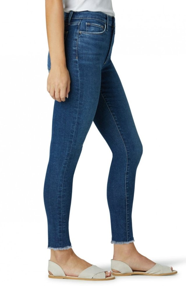 MID RISE SKINNY ANKLE W/ FRAY