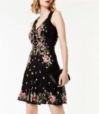 Vestido bordado floral de primavera