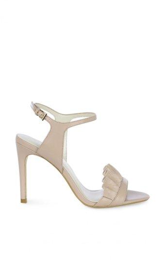 Sandalias volantes de ante