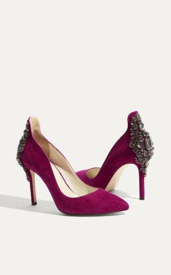 Zapatos salón ante incrustaciones pedrería
