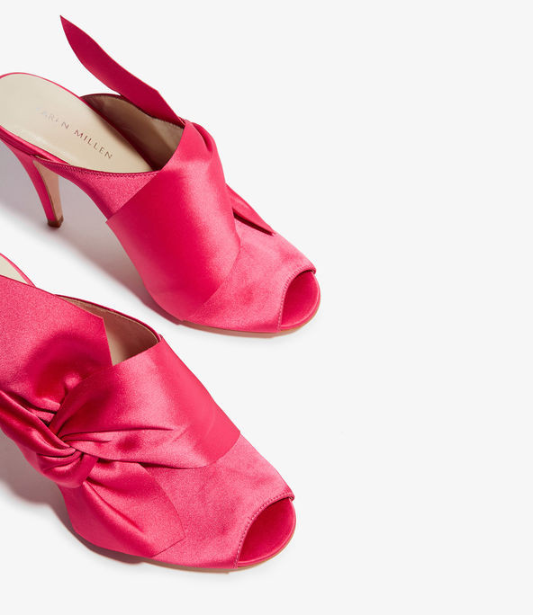 Chinelas peep toe