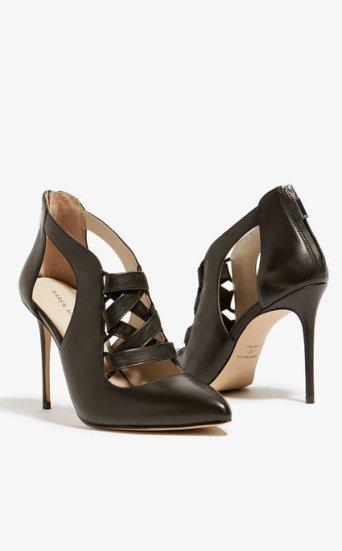 Zapatos piel corsé
