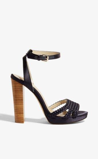 Zapato tacón grueso plisado