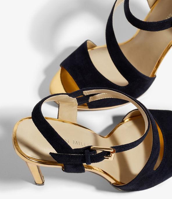 Zapatos de tacón tiras ante