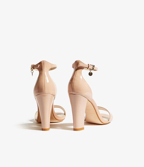 Sandalias tiras tacón