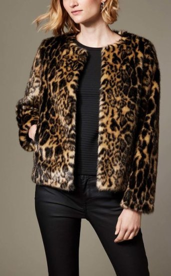 Chamarra leopardo sintético
