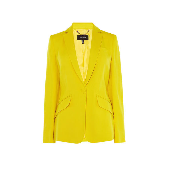 Saco sastre en amarillo