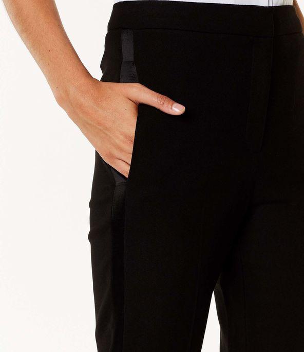 Pantalones sartoriales entallados