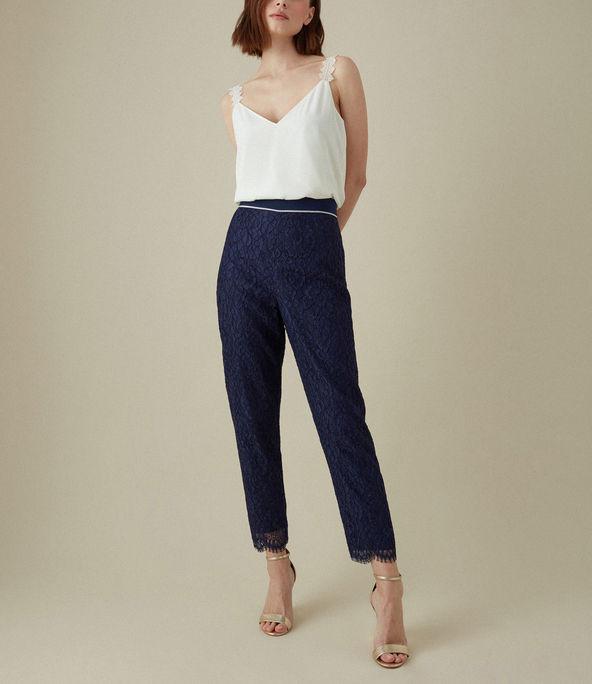 Pantalones encaje
