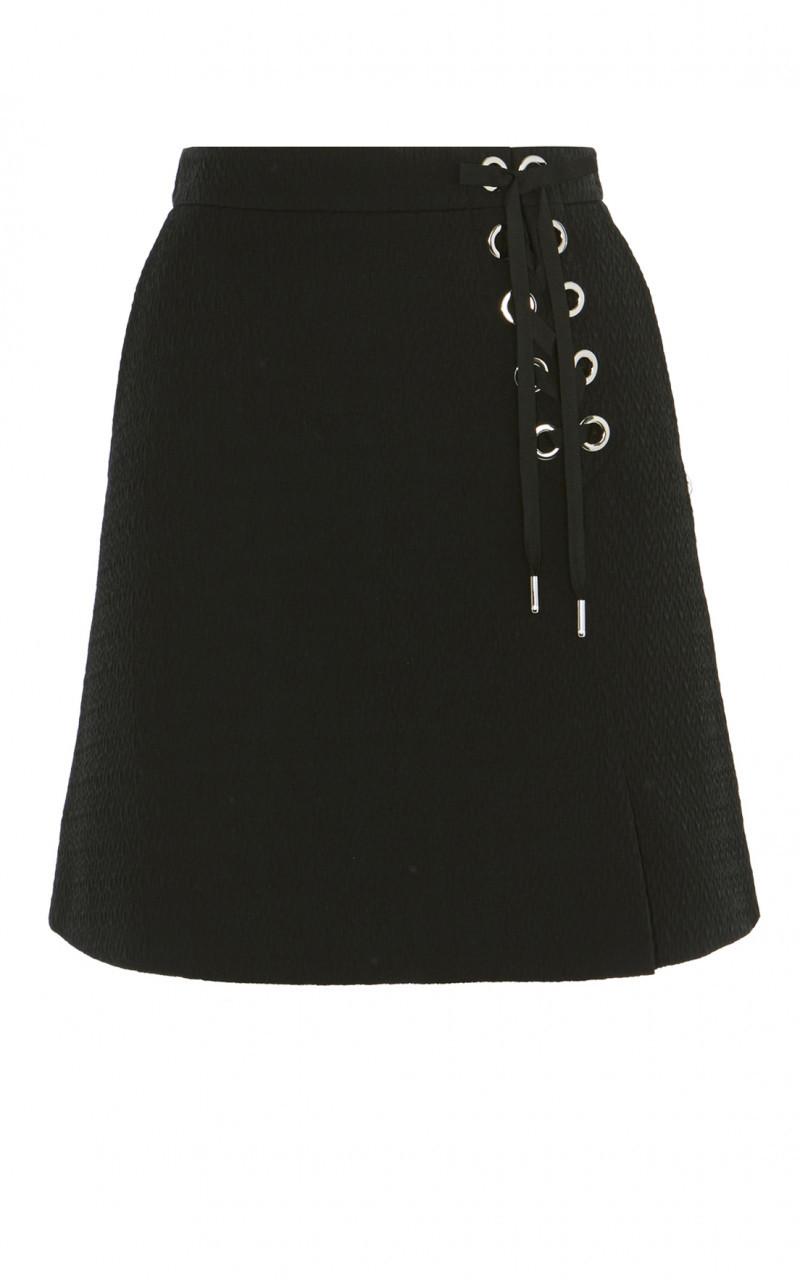 Minifalda ojales negra