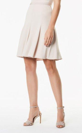 Falda plisada suave