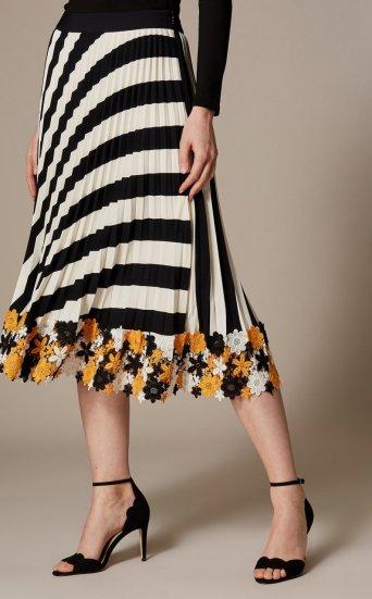 Falda plisada flores bajo