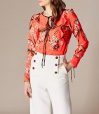 Top estampado oriental