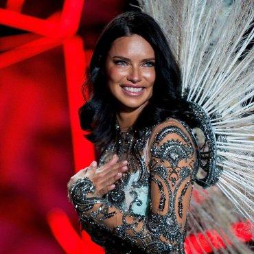 Victoria's Secret Y Adriana lima se dicen Adios… - Kathy Lander's Boutique