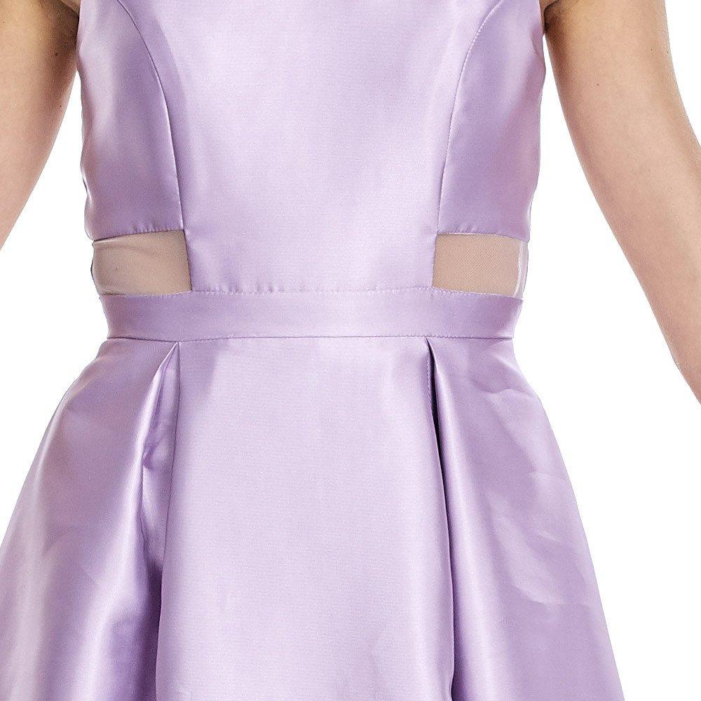 Isabel vestido largo con cortes traslucidos en laterales y acabado satinado.