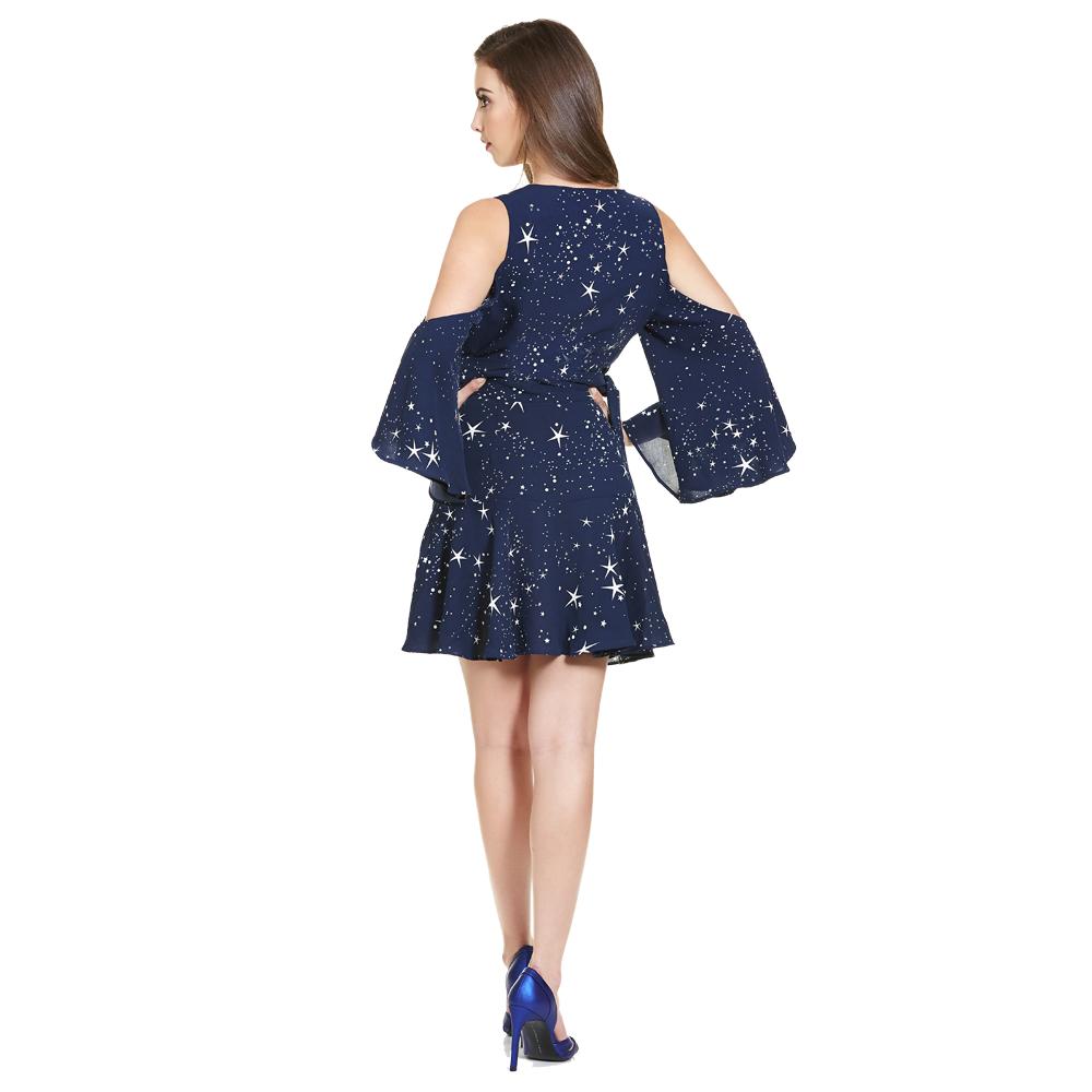 Anael vestido corto envolvente con hombros descubiertos