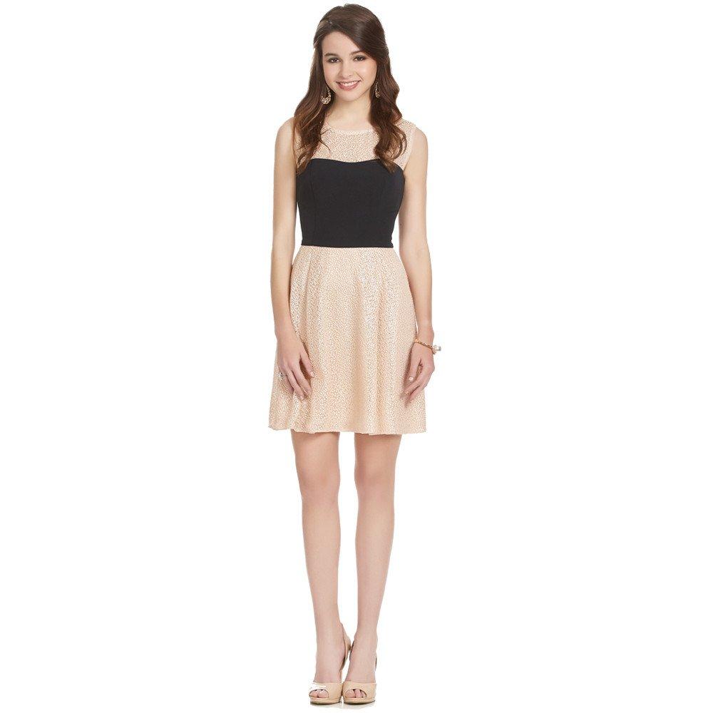 Blanca vestido corto escote ilusión bicolor