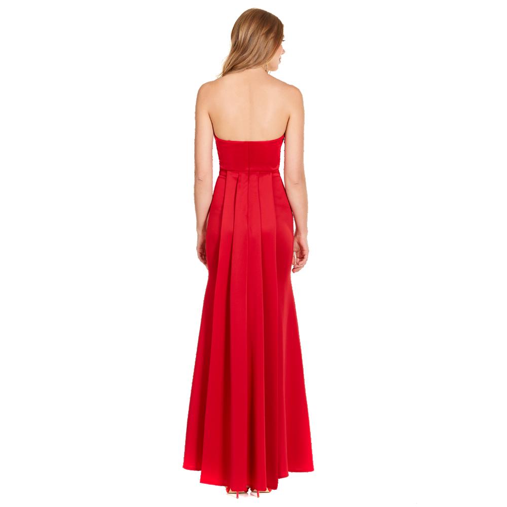 Bianca vestido largo strapless cauda