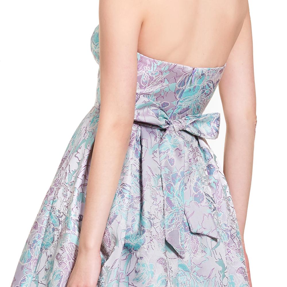 Danae vestido corto strapless floral