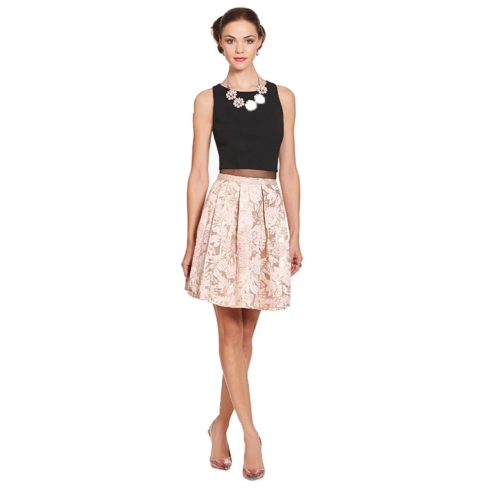 Frida vestido corto floral y tablones