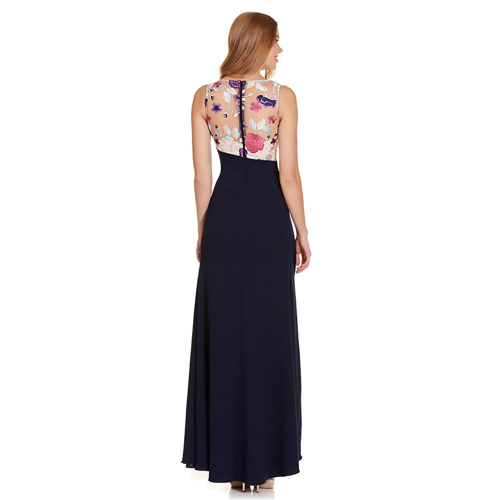 Regina vestido largo encaje floral