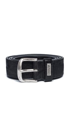 Engraved leather belt